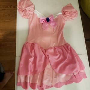 Pink princess / peach costume